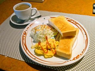花茶 - モーニングサービス 360円