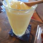 谷中 ボッサ - フローズンドリンクはどことなくオリエンタルな味わいが印象的。