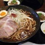 彩色ラーメンきんせい - 牛魔王・スパイシーたまり醤油(09.8)
