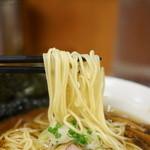 福の神食堂 - 麺はシャッキリの細麺