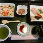旭寿司 - ちらしセット