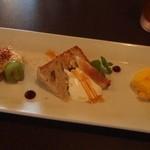 キッチンバー混 - ティラミス、白桃とピスタチオのシフォンケーキ、マンゴーのソルベ