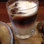 コーヒー・カジタ - アイスカフェオレ