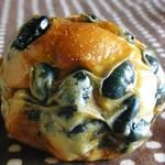 昇匠 SHOW BAKERY - 黒豆パン