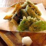 うすたろす - 野菜天ぷらです