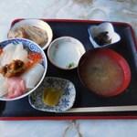 ぬいどう食堂 - 歌舞伎丼\1000
