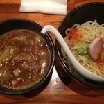 魔乃巣 - ホットカレーつけ麺全景