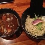 魔乃巣 - つけ麺全景