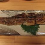 魚・旬菜小料理ととや - 煮アナゴ炙りです。
