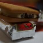六花亭 - バターサンド