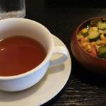 21713242 - ヒレステーキに付くコンソメスープと名物メキシカンサラダ(セット用)
