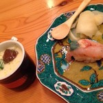 21718809 - 信じられないくらい旨い甘アビ握り。エビの卵と味噌が乗ります。茶わん蒸しも魚介の旨味たっぷり。