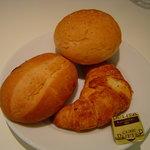 2172659 - パン食べ放題