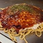 お好み焼 みつ - 肉玉イカ天そば…♪ 広島はイカ天が入るんですね♪