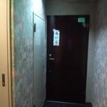 21724239 - この扉を開ける勇気があるか?