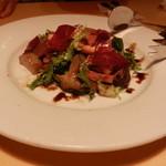 21724855 - スモークした鴨とリンゴ・きのこのサラダ仕立て バルサミコ風味