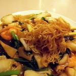 横浜中華街 揚州飯店 - 麺は極細面ですが歯応えはしっかりとありました