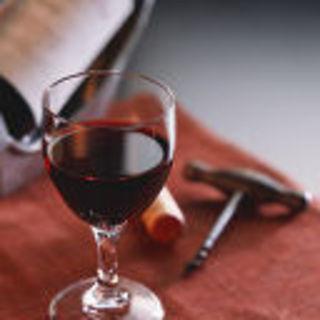 カジュアルにワインをお楽しみください。