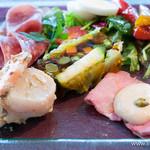 タンタローバ デル ミュゼオ 御殿場 - 「シェフの気まぐれサラダ」、「魚介のサラダ リグーリア風」、「牛肉のトンナートソース」、「イタリア産ハムの盛り合わせ」【2013年9月訪問】