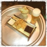 超食 - ランニング後の立ち飲み1杯☆(ほんとは2杯だけど( ^ω^ )) 串がどれも美味しかった〜♡ ちょいーとセット1350円。
