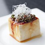 肉の極 義牛 - 特製ダレで韓国風に味付け『韓国風冷奴』