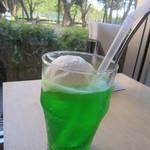 カフェ ロンタン - クリームソーダ