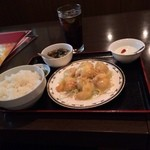 rakuen - 定食です