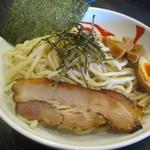 宮本 - 濃厚魚介つけ麺大盛り
