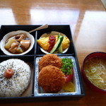 万年竹 - 料理写真:本日の日替弁当 750円 一日限定8食、土日祝はやってません