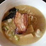 21730517 - 参鶏湯麺(700円)