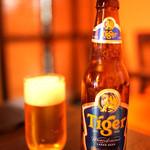 シンガポール料理 梁亜楼 - タイガービール