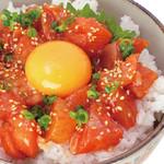 丼丸 - 海鮮ユッケ丼590円