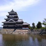 喫茶室 八十六温館 - 松本ホテル花月は国宝松本城の近くです。