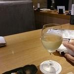 和食ダイニング まぐろ問屋 三浦三崎港 - 白ワイン
