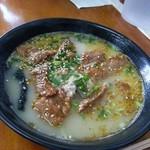 テール屋 - 牛盛りテール麺