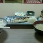 21748790 - 秋刀魚の塩焼き定食@900円也♪