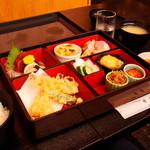 金峰 - ランチのお弁当¥1400