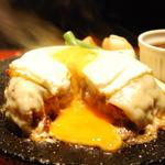 Bistro ハンバーグ - 料理写真:熱々ジューシー♪