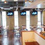 BELDA CAFE - MTVが流れる唯一のカフェ サッカー・ワールドカップ時にはサッカーを放送!