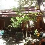 21763253 - 中庭から見た店舗