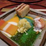 ア・ラ・ターブル - 料理写真:2013.10)10月のスペシャルランチ(1500円)の前菜にはカツサンドがついていました