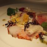 フィッシュバンク トーキョー - 鯛のカルパッチョ 季節の野菜を添えて