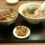 21768311 - ミニ焼肉丼+ラーメン