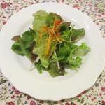 カフェラカム - 生野菜サラダのフレンチドレッシング和え