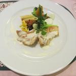 カフェラカム - カサゴのポワレ 白ワインソース 色々温野菜添え