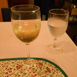 カフェラカム - グラスワイン白