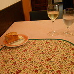 カフェラカム - テーブル席のみ