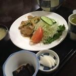 ごはん処食堂ミサ - 生姜焼き定食!