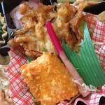 ミノヤランチサービス - イカの塩麹焼きは柔らかいが辛い。