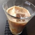 四ツ橋カフェ - 美味し〜アイスオーレ♫